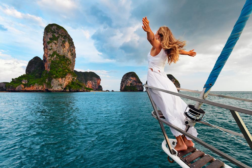 a tourist sailing to a small island